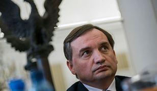 Zbigniew Ziobro interweniuje ws. rzekomego znieważenia godła Polski