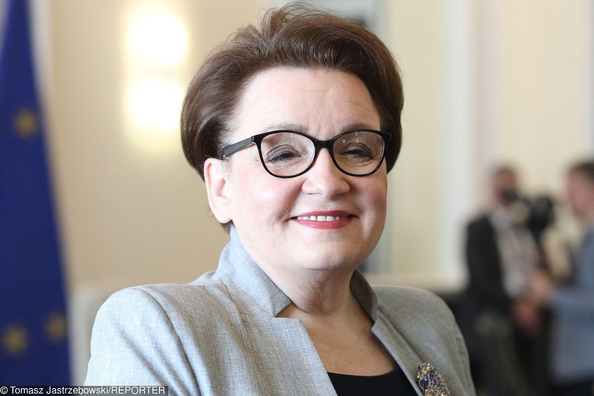 Strajk nauczycieli. Minister Zalewska przyznaje im rację: Jestem za podwyżkami