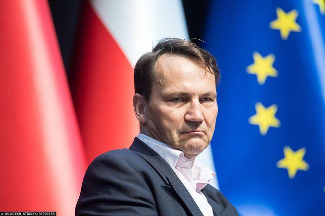 """Radosław Sikorski wypowiedział się w sprawie tzw. """"willi Kwaśniewskich""""."""