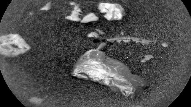 Łazik odkrył tajemniczy obiekt na Marsie