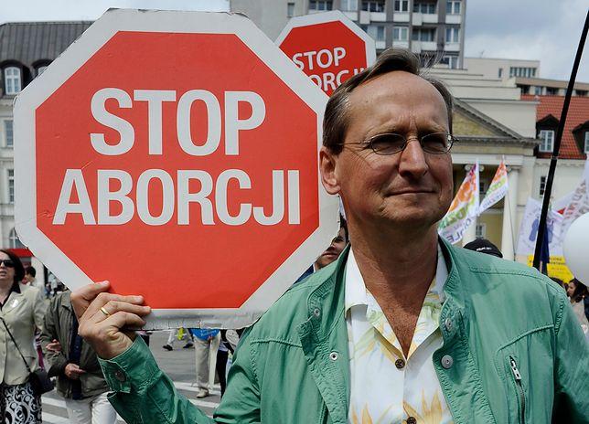 """Cejrowski namawia do buntu przeciwko systemowi. """"Zabili Alfiego"""""""