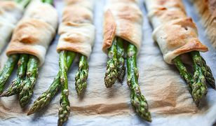 Szparagi w cieście francuskim. Szybka i prosta przekąska