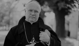 Biskup Józef Zawitkowski nie żyje. Duchownego żegna wicepremier