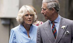Napięta sytuacja pomiędzy Karolem a Camillą. Książę wyprowadził się z jej posiadłości