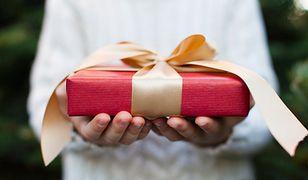 Nietrafione prezenty. Bez paragonu albo faktury do sklepu ich nie zwrócimy