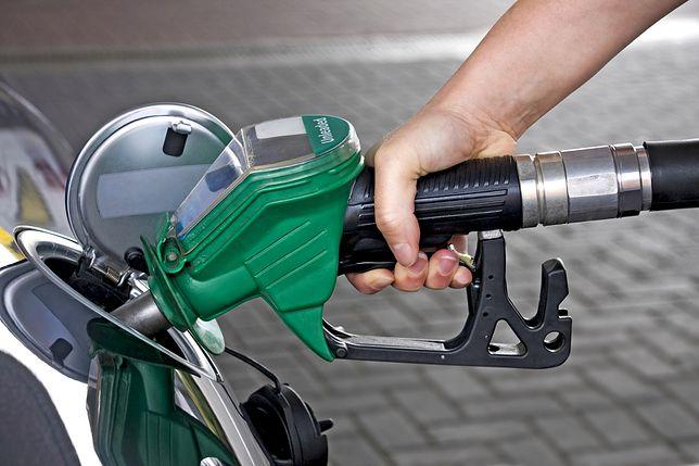 Za benzynę i ropę wkrótce możemy zapłacić nawet 10 gr więcej
