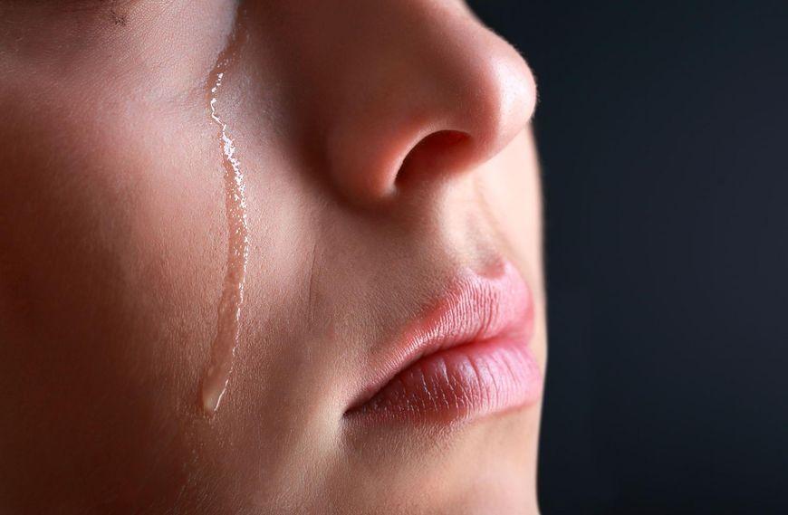 Łzy, jako mechanizm obronny organizmu