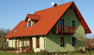 Koszty budowy domu z poddaszem i parterowego - tej samej wielkości. Który tańszy?