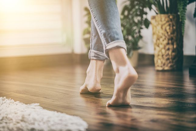 Drewniana podłoga wprowadzi mnóstwo ciepła do wnętrza