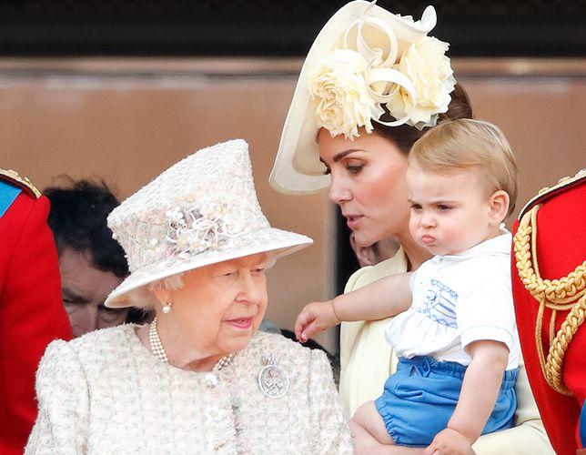 """Księżna Kate ujawniła """"hobby"""" księcia Louisa. Ciągnie go do natury"""