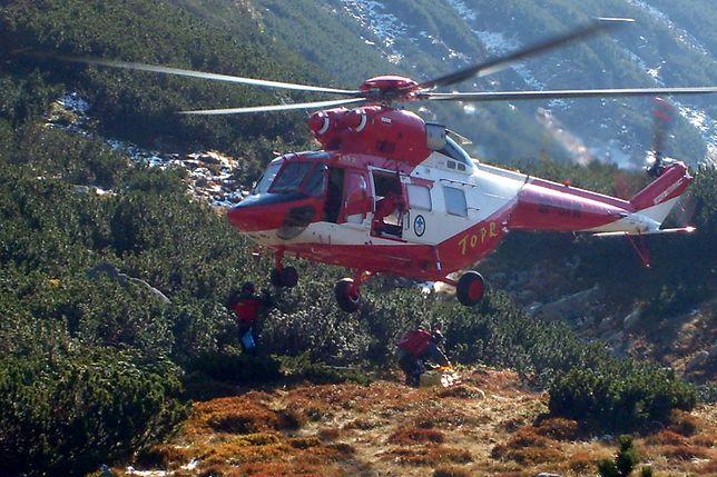 Akcje ratunkowe w Tatrach. Poszli w zwykłych butach