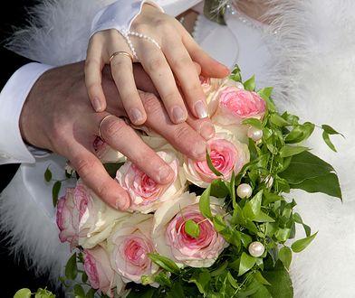 Nie ma wesela, nie ma ślubu. Przez koronawirusa w Polsce coraz mniej nowych małżeństw