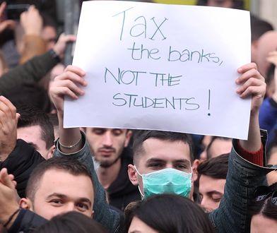 Albańscy studenci protestują przeciwko rządowi