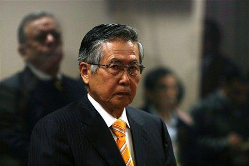 Fujimori przyznaje się do zarzutów