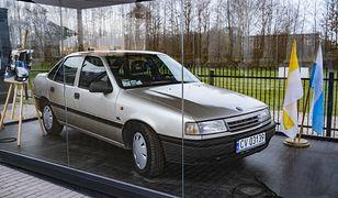 Auto Jana Pawła II stało się muzealnym eksponatem. Ale czy ma status relikwii?