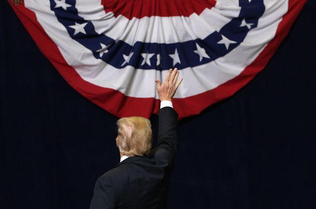 """""""Kiedy Trump wygrał, zakładałem, że będziemy martwi w ciągu 9 miesięcy"""", mówi scenarzysta """"Czarnego lustra"""""""