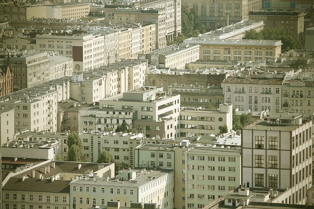 Warszawa. CBA zatrzymało znanego notariusza. Chodzi o aferę reprywatyzacyjną