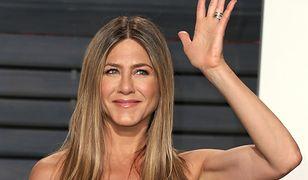 Jennifer Aniston dzieli się sentymentalnym zdjęciem. Skądś znamy te twarze