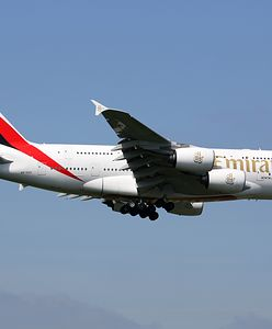Samolot linii Emirates objęty kwarantanną. Pasażerowie lecieli z Dubaju