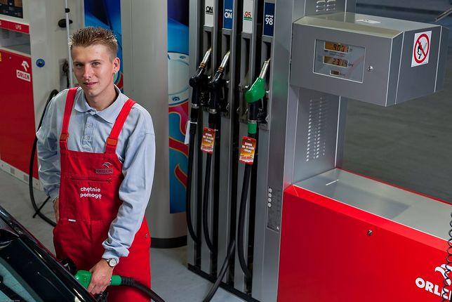 Na stacjach paliw w Polsce mamy względny spokój w porównaniu z tym, co dzieje się na świecie