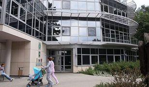 """Fizjoterapeuta molestował nieletnie pacjentki w klinice """"Budzik"""". Chce dobrowolnie poddać się karze"""
