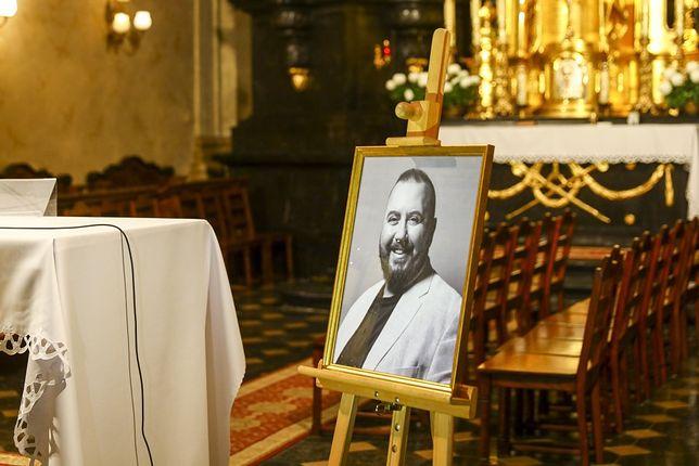 Bliscy i znajomi pożegnali zmarłego aktora
