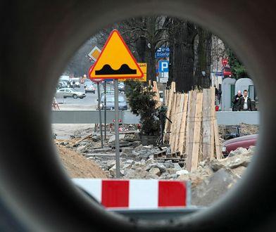 Tymczasowe oznakowanie podczas remontu drogi - na jakie zmiany, nowe znaki i utrudnienia muszą przygotować się kierowcy?