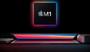 Windows 10 uruchomiony na Macu z procesorem Apple M1. Programista pokazał, że możliwe