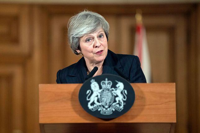 Premier Theresa May na konferencji prasowej wyjaśniała zawiłości porozumienia z UE