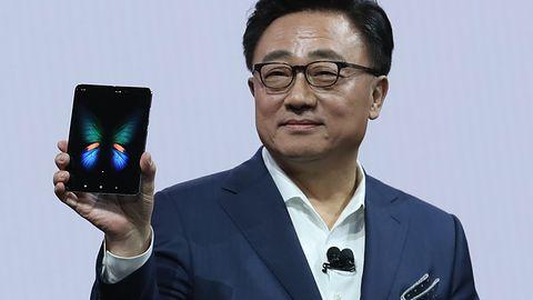 Samsung Galaxy Fold opóźniony. Producent bada problem psujących się wyświetlaczy