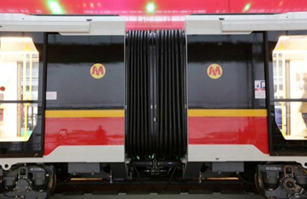 Przez podejrzany bagaż zamknięto aż sześć stacji metra