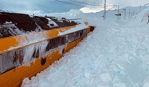 Tysiące pasażerów musiało w ostatnich dniach liczyć się z opóźnieniami i odwołanymi połączeniami