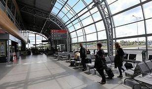 Pijany wywołał alarm bombowy na lotnisku w Modlinie. Jest decyzja sądu