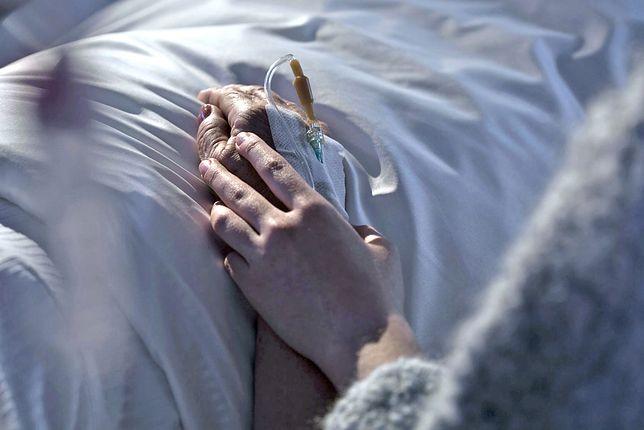 Koronawirus w Polsce. 1 osoba zmarła, a ok. 100 objętych jest kwarantanną w DPS w Zamościu