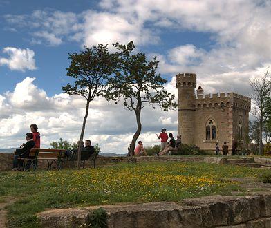 Ksiądz wybudował m.in. wieżę Magdala