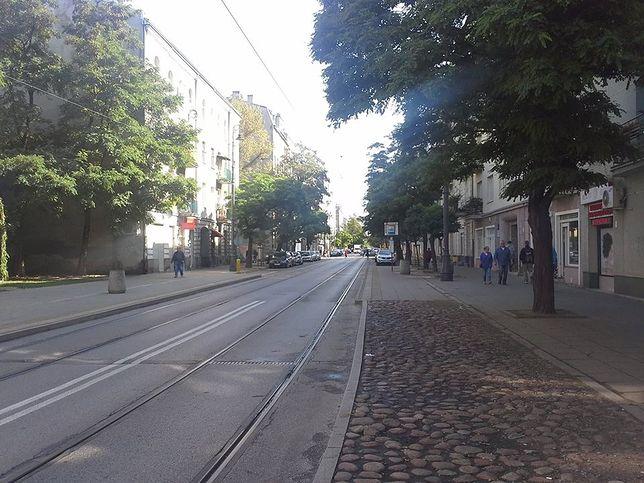 Praga Północ. Ewakuacja mieszkańców kamienicy przy ul. Stalowej
