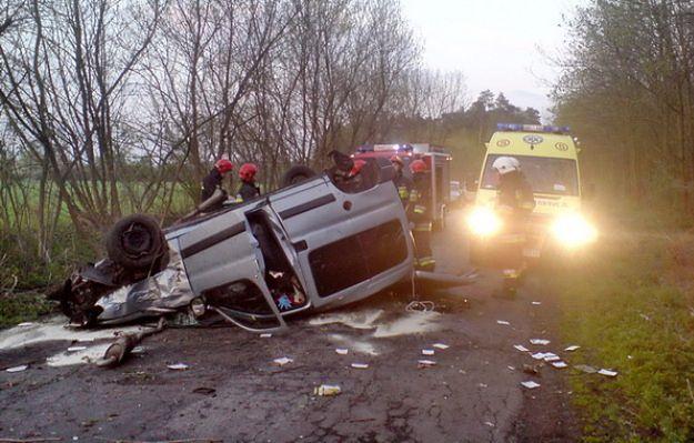 Długi weekend na wielkopolskich drogach - śmiertelny wypadek motocyklisty i 21 rannych
