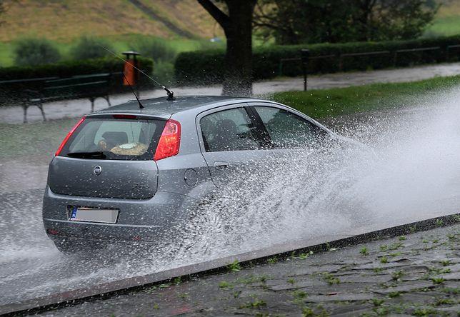 IMGW ostrzega przed ulewnymi deszczami