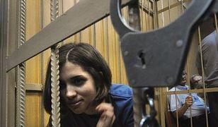 Członkinie rosyjskiego zespołu Pussy Riot nadal w areszcie