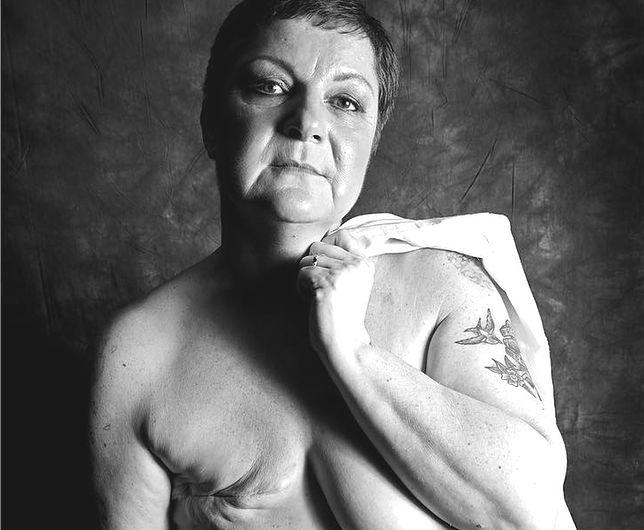 Fotografka Ami Barwell chce pokazać, jak silne i piękne są kobiety po mastektomii.