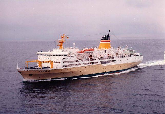 Koronawirus: statku nie wpuszczono do portu. Ludzie wyskakiwali za burtę