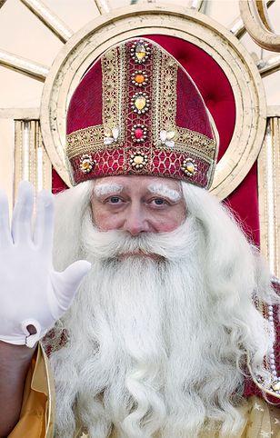 Olaf Lubaszenko został... świętym!