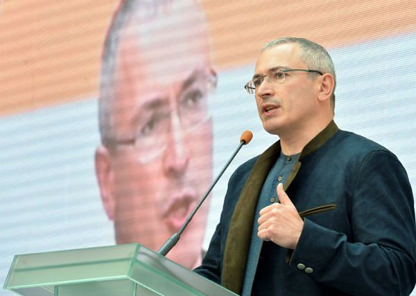 Michaił Chodorkowski przerywa polityczne milczenie i rzuca wyzwanie Putinowi