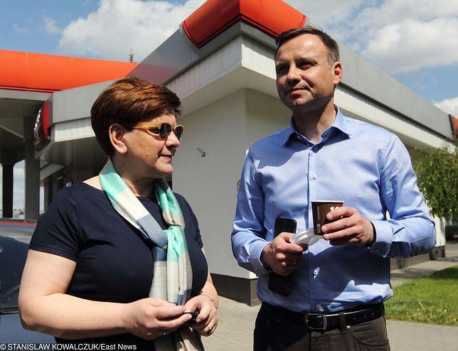 Koronawirus w Polsce a wybory prezydenckie. Duda z Szydło ruszają z kampanią. Kosiniak na celowniku sztabu PiS