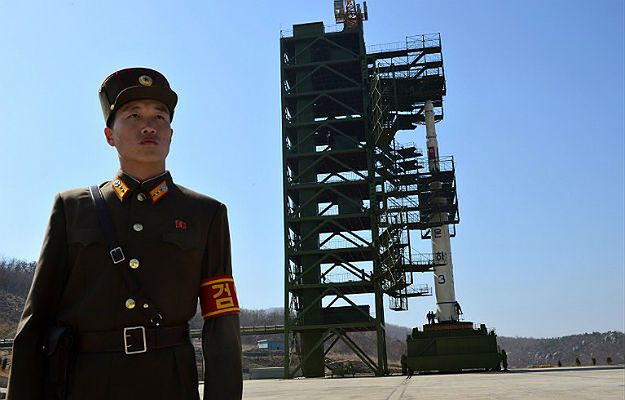 Korea Płn. wystrzeliła dwa rakietowe pociski balistyczne