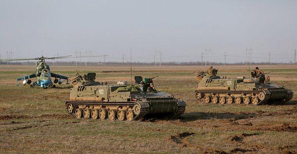 Ukraińskie wojska w pobliżu granicy z Krymem