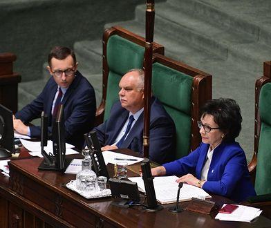 Projekt ustawy dotyczącej komisji ds. pedofilii ponownie trafił do komisji