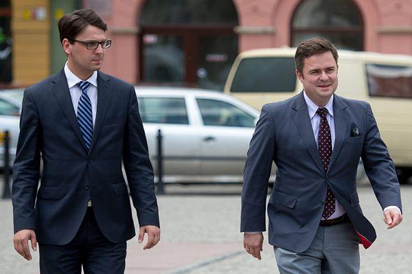 Komitet polityczny PiS wyrzucił zawieszonych posłów