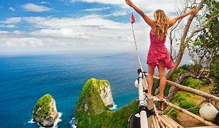 Zorganizowanie wakacji na Bali nie jest ani przedsięwzięciem trudnym, ani bardzo kosztownym