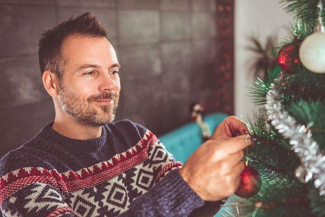 Męskie stylizacje na Boże Narodzenie. Jak wyglądać z klasą?